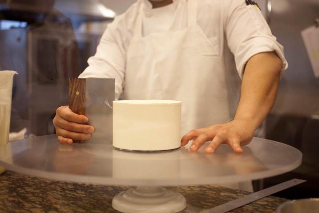 wedding cakes, celebration cakes, and designer cakes in new york